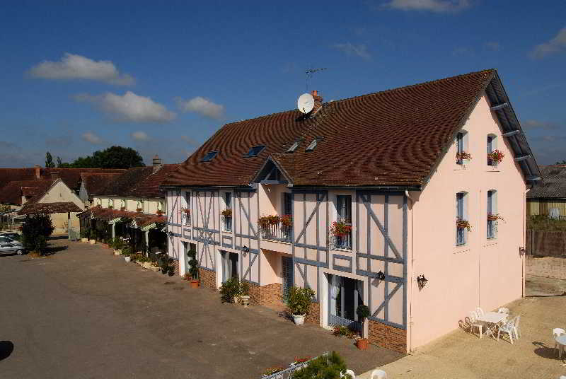 Aux Maisons, The Originals Relais