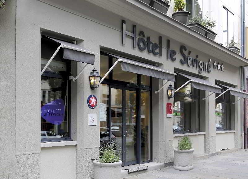 INTER-HOTEL Rennes Gare…, 47 Bis, Avenue Jean Janvier,