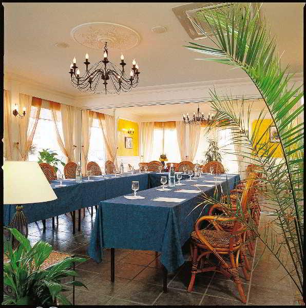 Inter - Hotel Hostellerie Des Pins