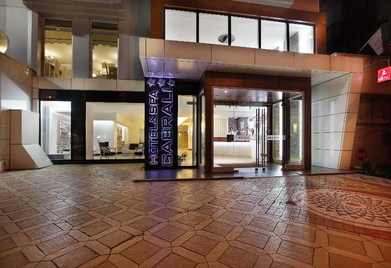 Gabrali Hotel & Spa, Ataturk Cad.,45