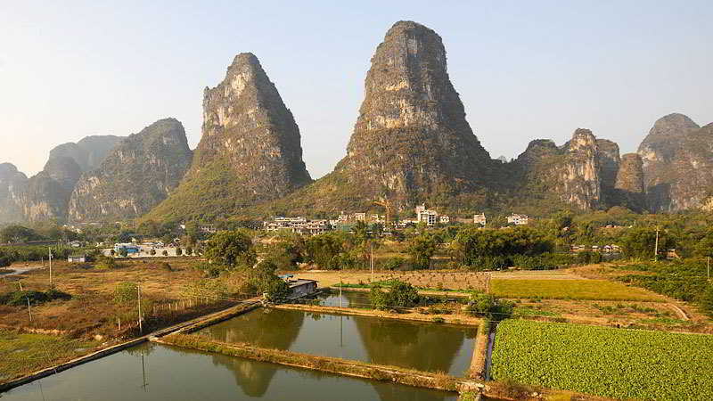 Yangshuo Hidden Dragon…, Ji Wo Du Village,banyan Tree…