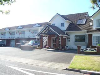 Ashleigh Court Motel…, 337 Fenton Street,