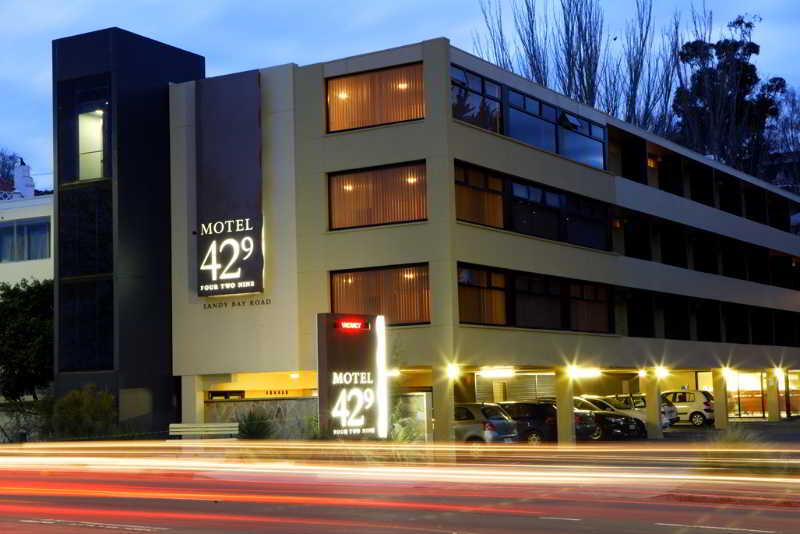 Motel 429, 429 Sandy Bay Road,