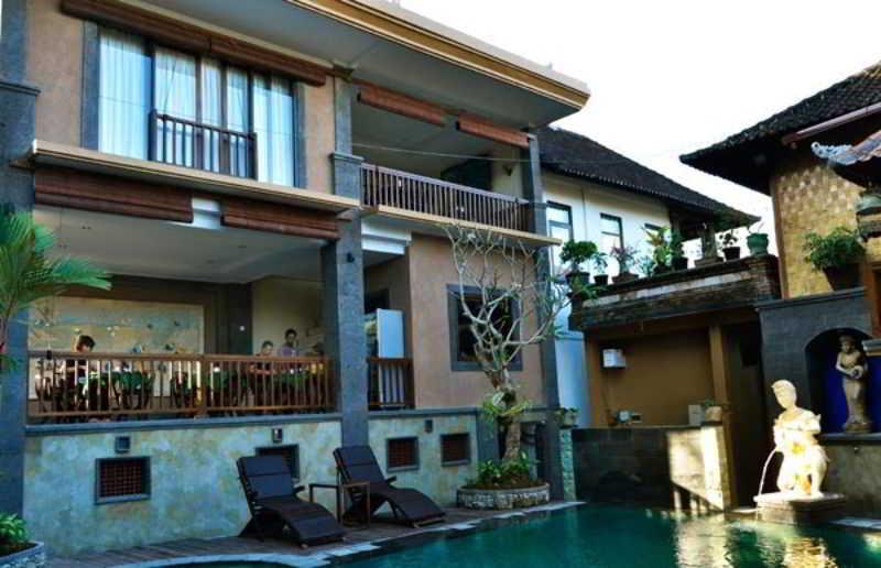 Kunang Kunang Guest…, Jalan Hanoman No 43,