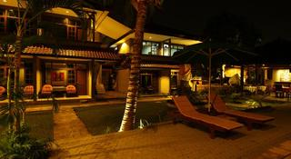 Amazing Hotel Kuta, Jl. Poppies Lane 2 Gang Mangga…