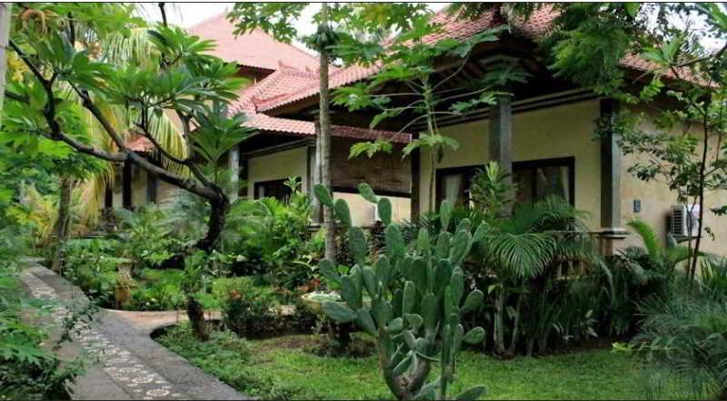 Bali Bhuana Beach Cottages, Jalan Lipah Beach Amed Karangasem,