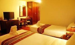 Arawan Riverside Hotel, Salakiew St Phonesavanh Village,