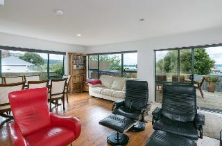 Lake View Penthouse…, Lake Road Lodge 21 Lake Road,