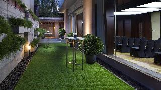 Doubletree by Hilton…, 391 Dongfeng Rd, Yuexiu District,