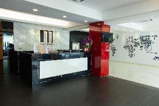 M Design Hotel - Diele