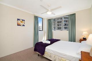 Sandpiper Apartments, 155 Old Burleigh Road,