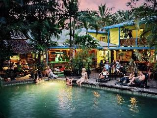 Calypso Inn Backpackers Resort