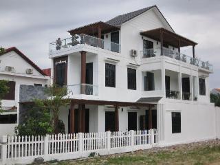 Cam Chau Homestay, 157 Tran Nhan Tongthanh Nam…