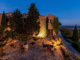 Salon de provence hotels online hotel booking for hotels for Abbaye de sainte croix salon de provence restaurant