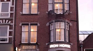 Iron Horse, Overtoom,33