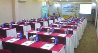 Lampion, Jl. Dr. Rajiman 289,