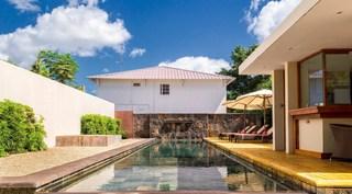 Belle Haven Luxury Apartments - Pool