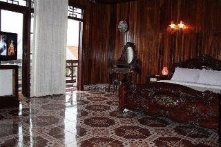 Thanhbinh Ii Antique…, 712 Hai Ba Trung,