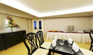 Mayana Hotel, 40 Nguyen Thai Hoc St,