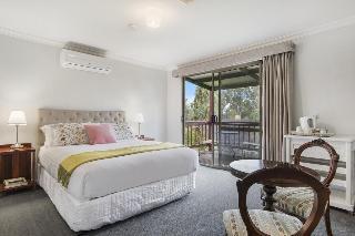 Shambhala Guesthouse, 9 Rokewood Heights,