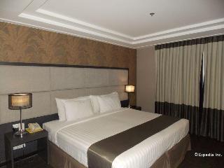 Hotel Del Rio, Mh Del Pilar Street Molo,