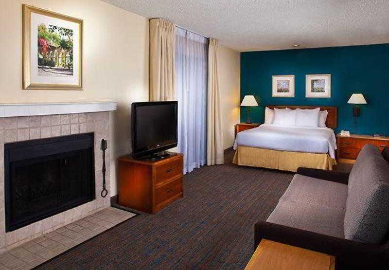 Residence Inn Nashville…, 2300 Elm Hill Pike,2300