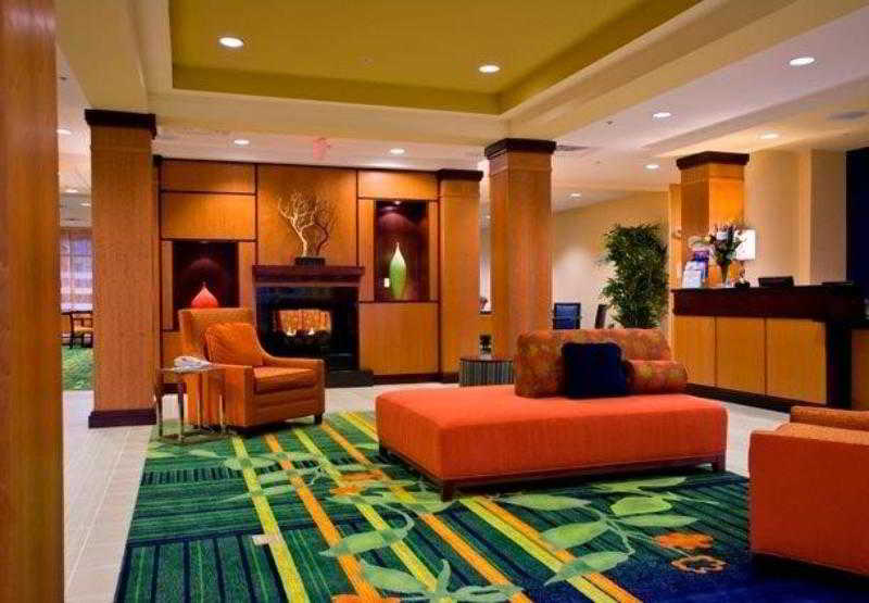 Fairfield Inn & Suites Chattanooga I - 24