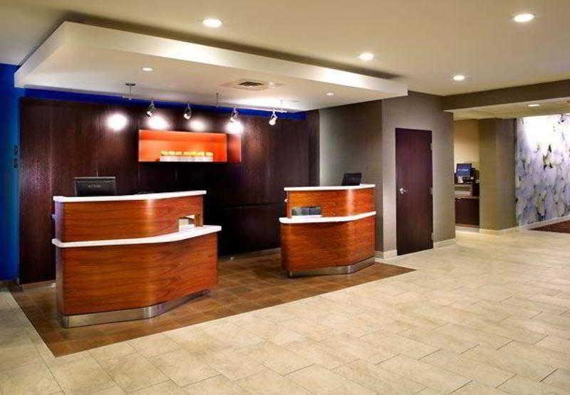 Courtyard Columbus Airport, 2901 Airport Drive,2901