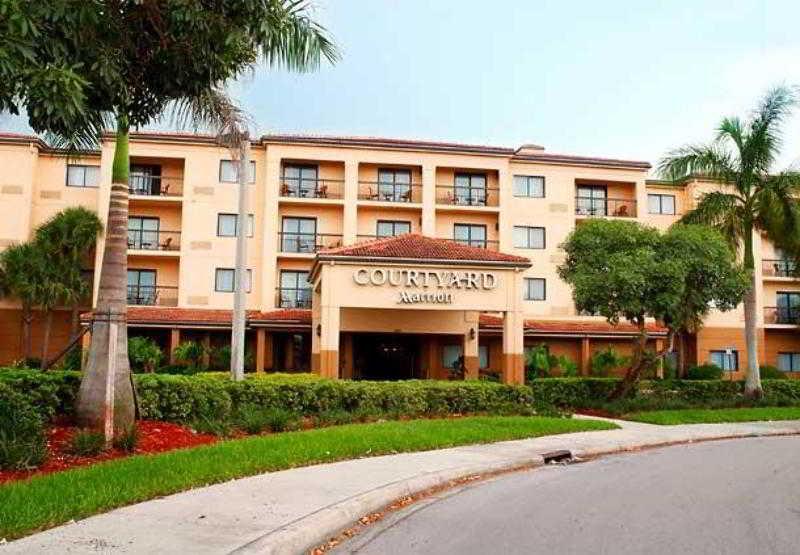 Courtyard Fort Lauderdale…, 620 N. University Drive,