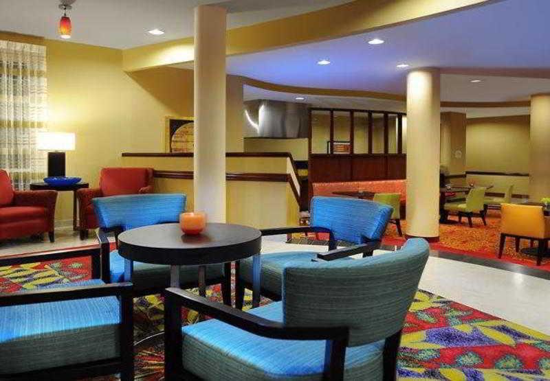 Houston Hotels:Courtyard Houston Pearland