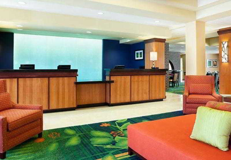 Fairfield Inn & Suites…, 525 South Main Street,525