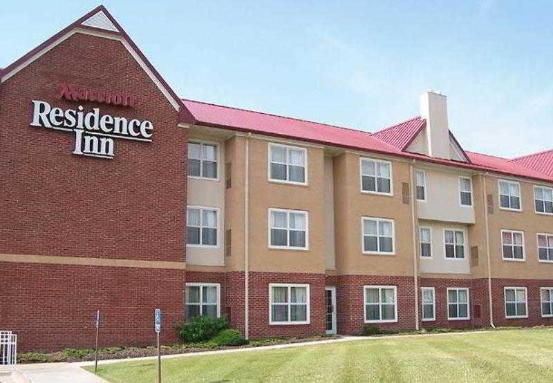 Residence Inn Kansas…, 12215 South Strangline Road,