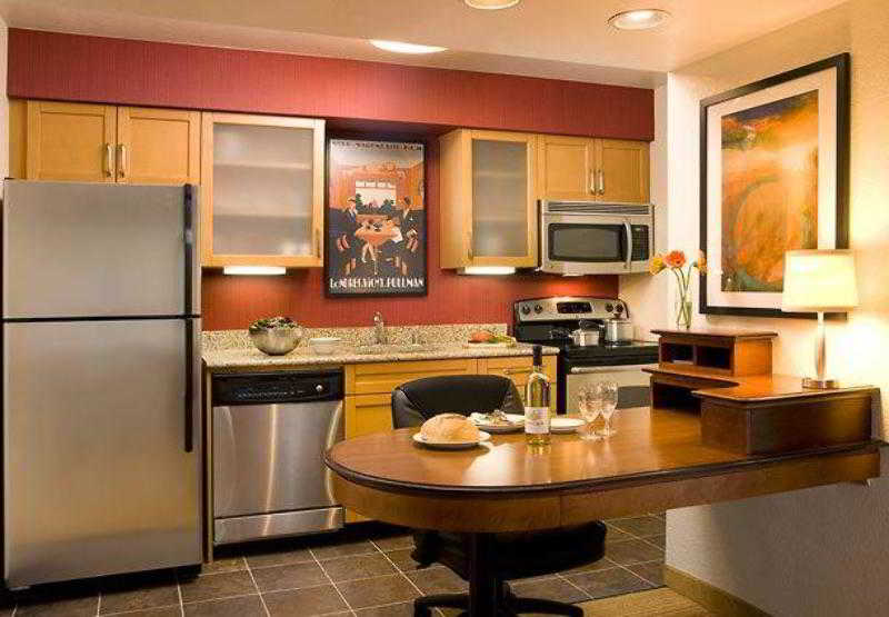 Residence Inn Anaheim…, 700 W Kimberly Avenue,700