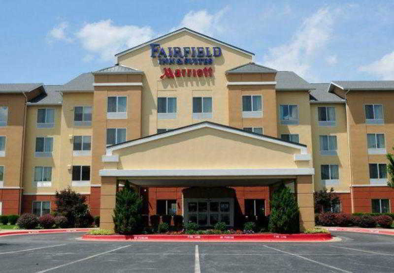 Fairfield Inn & Suites…, 1043 Rieff Street,