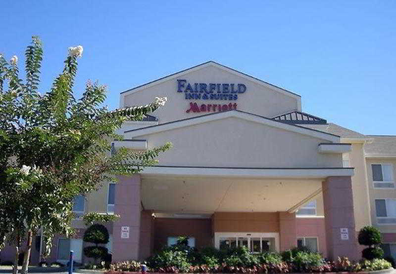 Fairfield Inn & Suites…, 806 W. 7th St.,