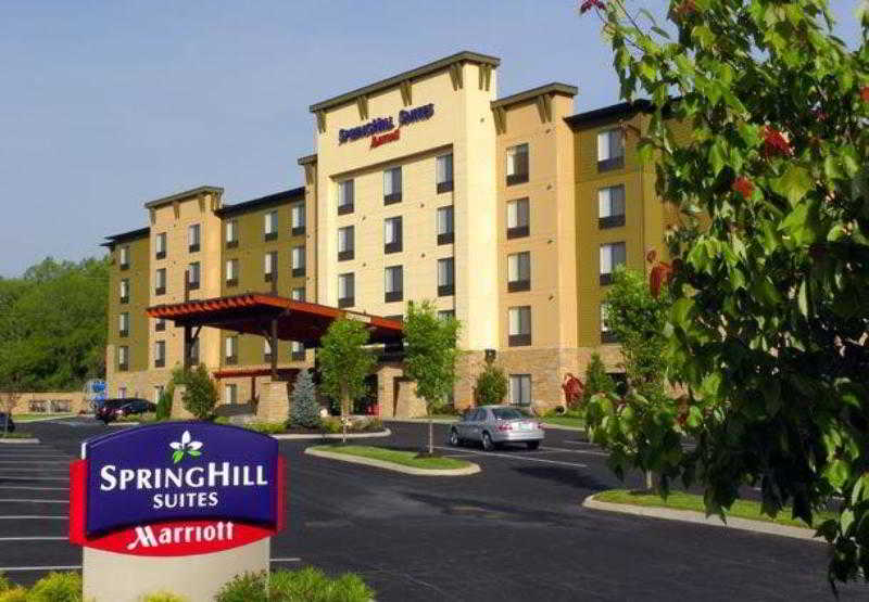 SpringHill Suites Pigeon…, 120 Christmas Tree Lane,