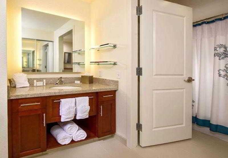 Residence Inn Arlington…, North Quincy Street,650