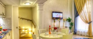 Metro Hotel Apartments, Pushkinskaya St.,12