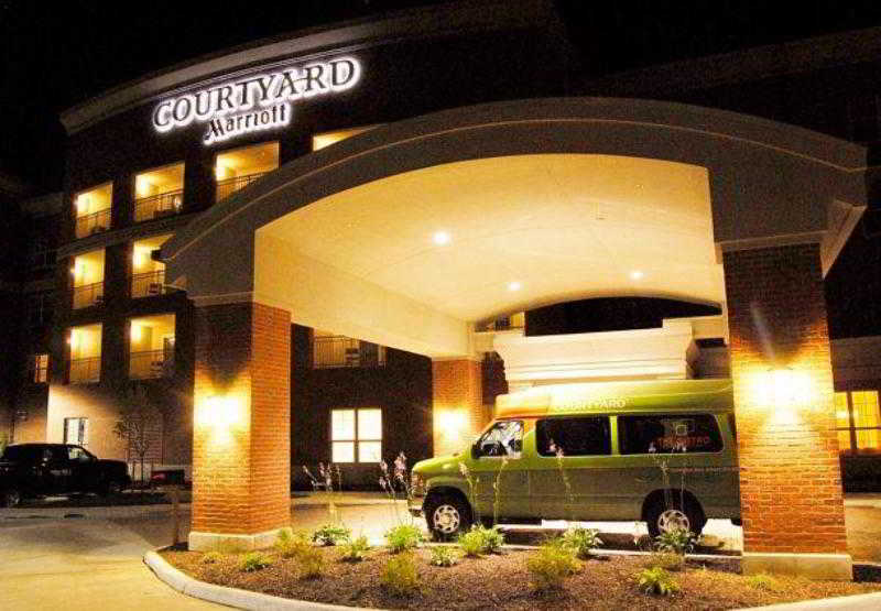 Courtyard Columbus New…, Forest Drive,5211