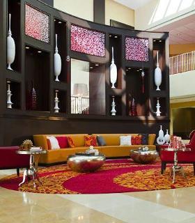 Renaissance Woodbridge Hotel