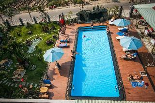 Grassland Hotel, 500 Hai Ba Trung St,