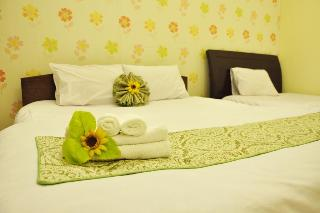 Little Hanoi Hotel, 48 Hang Ga Street,