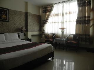Dmz Hotel, 21 Doi Cung Street,