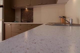 Hi Ho Beach Apartments, 2 Queensland Avenue,
