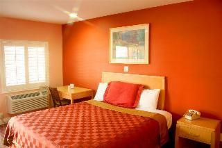 La Casa Inn, 2800 E Colorado Blvd,