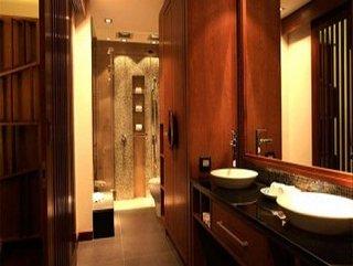Phuket Hotels:Villa Tantawan Resort And Spa