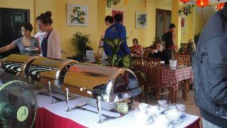 Sunflower Hotel, 397 Cua Dai Road,