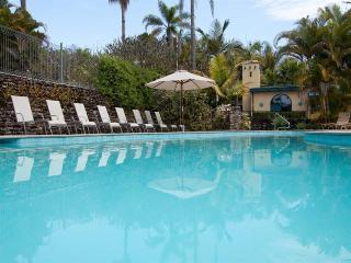 Korora Bay Village Resort, 64 James Small Drive,