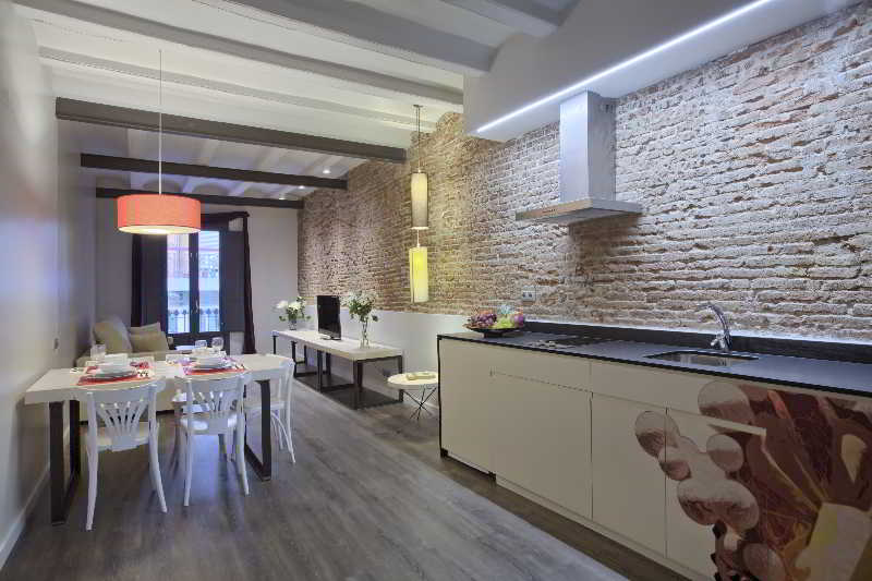 Ssa Sagrada Familia Apartments