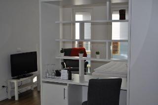 Hotel de l'Ecluse, Rue De L'ecluse 24,24